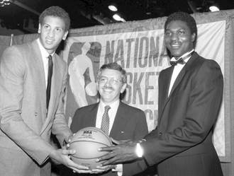 NBA》榜眼包威是誰?選秀竟贏喬丹