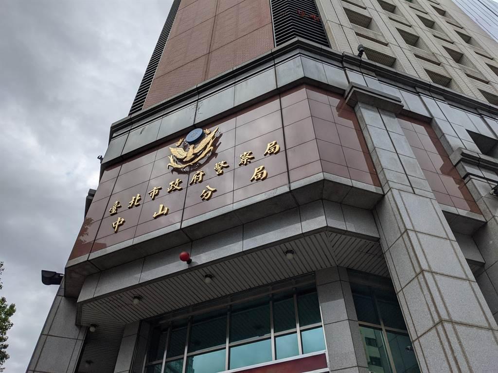上海返國男子猝死北市防疫旅館 今天期滿出關已成屍體。(胡欣男攝)