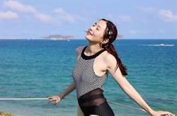 28歲人妻女神網狀泳衣 腰間透視超辣