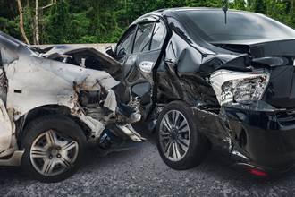 奧迪車主追撞日產車 下秒霸氣轉帳:車我買了