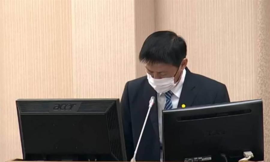國防部總督察長黃國明在立院報告國軍軍風紀現況。呂昭隆翻攝