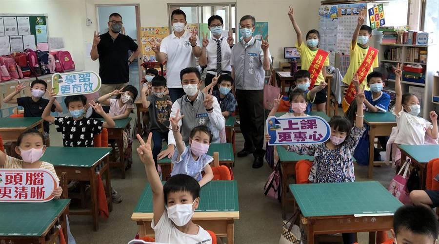 新竹市2019年起推動「校園降溫計畫」,預計今年底有28所學校能夠完成冷氣裝設。(陳育賢攝)