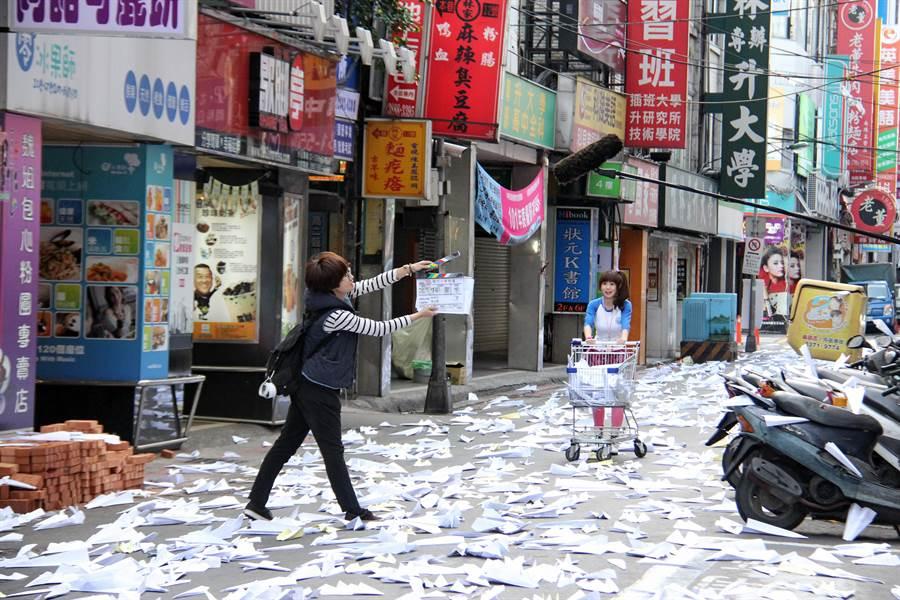 第一屆「拍台北」首獎《南方小羊牧場》由編劇侯季然親自執導,已於2012年上映。(台北市電影委員會提供)