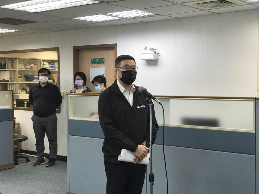 民進黨台北市黨主委選舉,兩方人馬常會互放冷箭。曾薏蘋攝