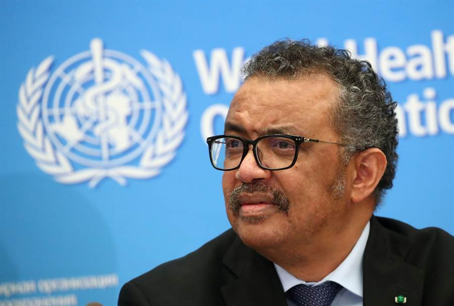 世衛秘書長譚德塞(Tedros Adhanom Ghebreyesus)在日內瓦召開記者會的資料照。(路透)