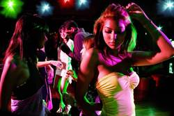梨泰院「毒王」傳染33人 首爾逾2100家酒吧停業