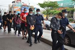 越南移工押走同鄉凌虐 還經營賭場擁大批槍彈