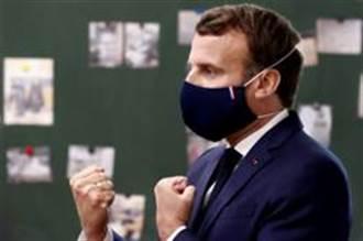 法國總統將口罩戴出時尚感