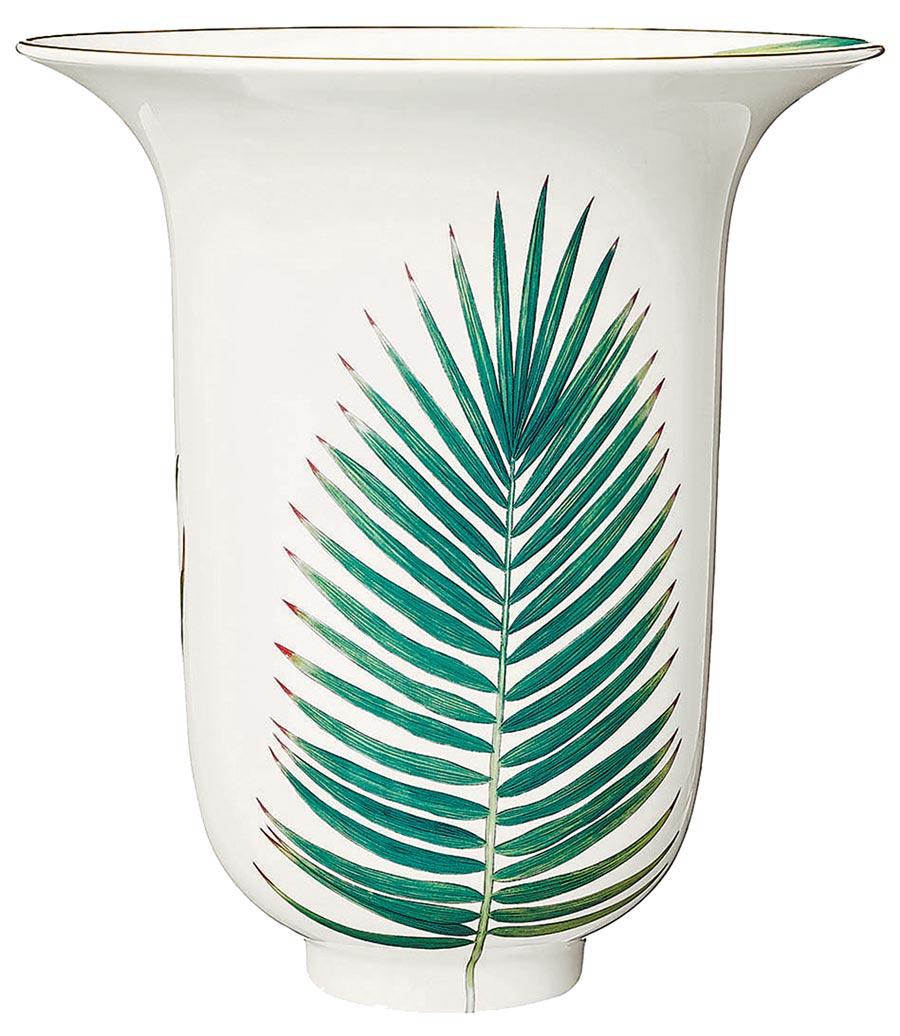 愛馬仕Passifolia系列餐瓷大花瓶,5萬4530元。(愛馬仕提供)