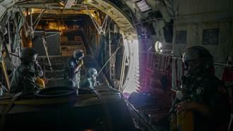 梅雨鋒面到 空軍出動C-130運輸機進行人工增雨紓解旱象
