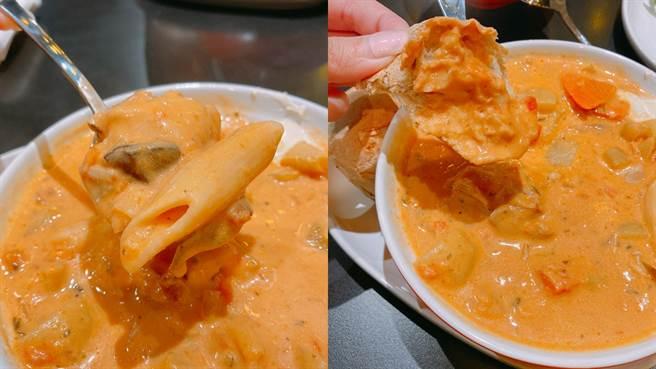 湯品配料非常豐富,點湯皆有附餐包,沾取湯汁一起吃非常美味。(圖/邱映慈攝影)