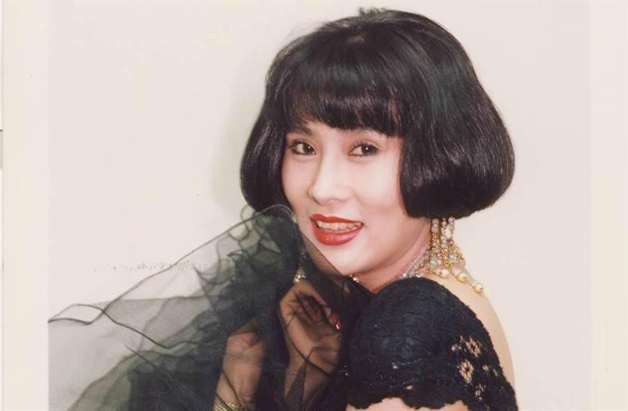 外型艷麗性感的于楓,當年以《愛在旋轉》一曲成名。(圖/中時資料照)