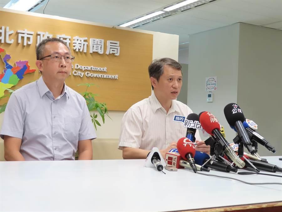 2019年7月下旬,一名新北市勞工局女課員持刀欲砍殺當時勞工局副局長吳仁煜遭制止,圖為吳當時出面說明遭偷襲過程。(葉德正攝)