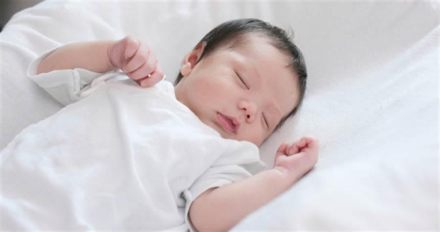 4個月男嬰午覺出現異樣送醫不治(示意圖與本文無關/達志影像)