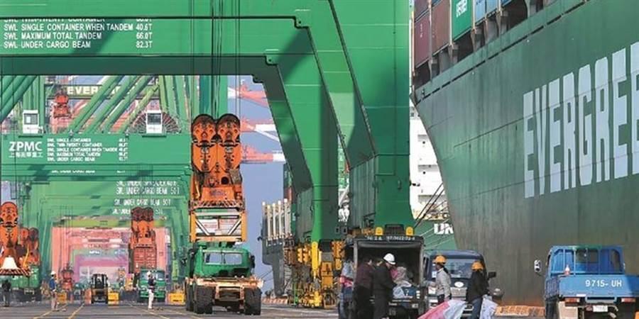 (進口海運貨櫃。圖/本報資料照片)
