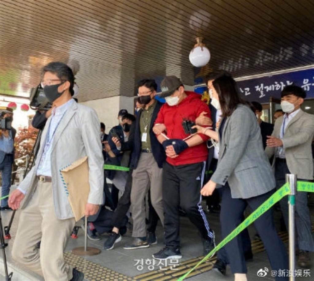 南韓N號房創始人被逮 首露面向被害者道歉(圖/ 摘自微博)