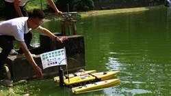 東大AI智慧養藻廢水處理系統 出動偵測巡航小艇