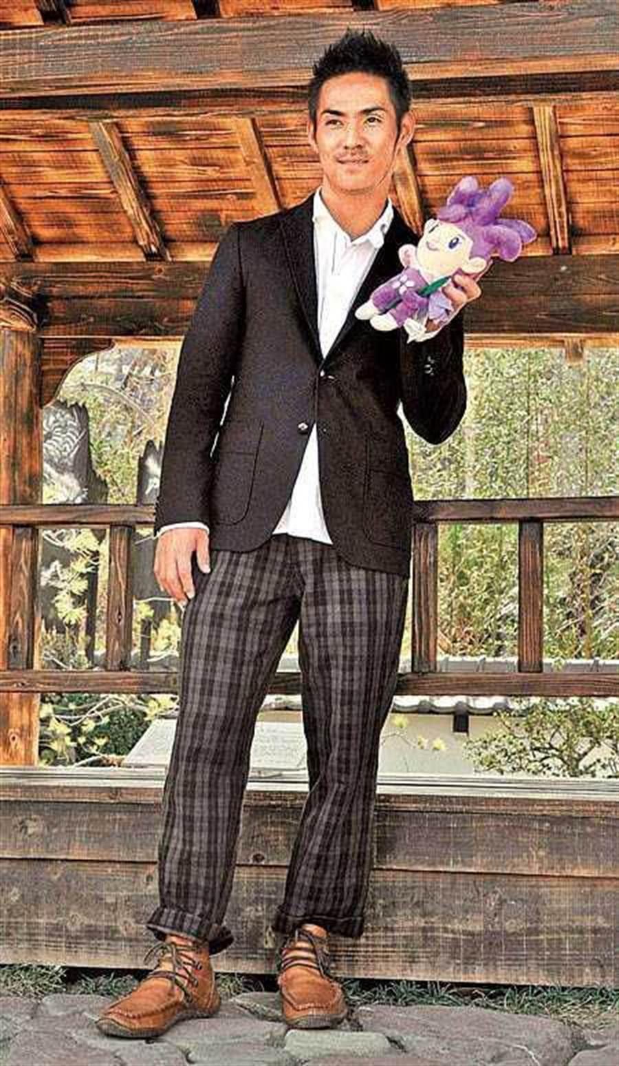 外傳《海角七號》音樂劇,將邀請AKIRA演出,中孝介在電影版中飾演的日籍教師一角。