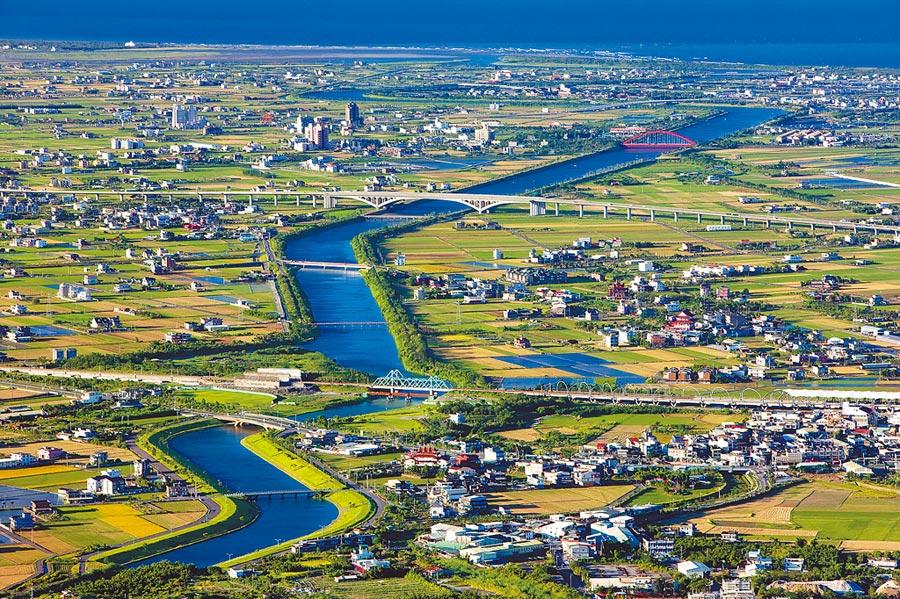 冬山河航運及相關設施招商說明會昨舉行,圖為冬山河河道照片。(宜蘭縣政府提供/李忠一宜蘭傳真)