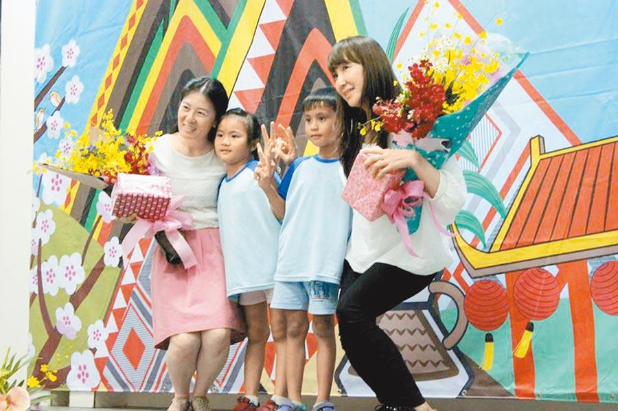國小生畢業是孩子們求學階段的第1個里程碑,但今年受到疫情影響,高雄各校的畢業典禮只能採取簡單形式舉行。(洪浩軒攝)
