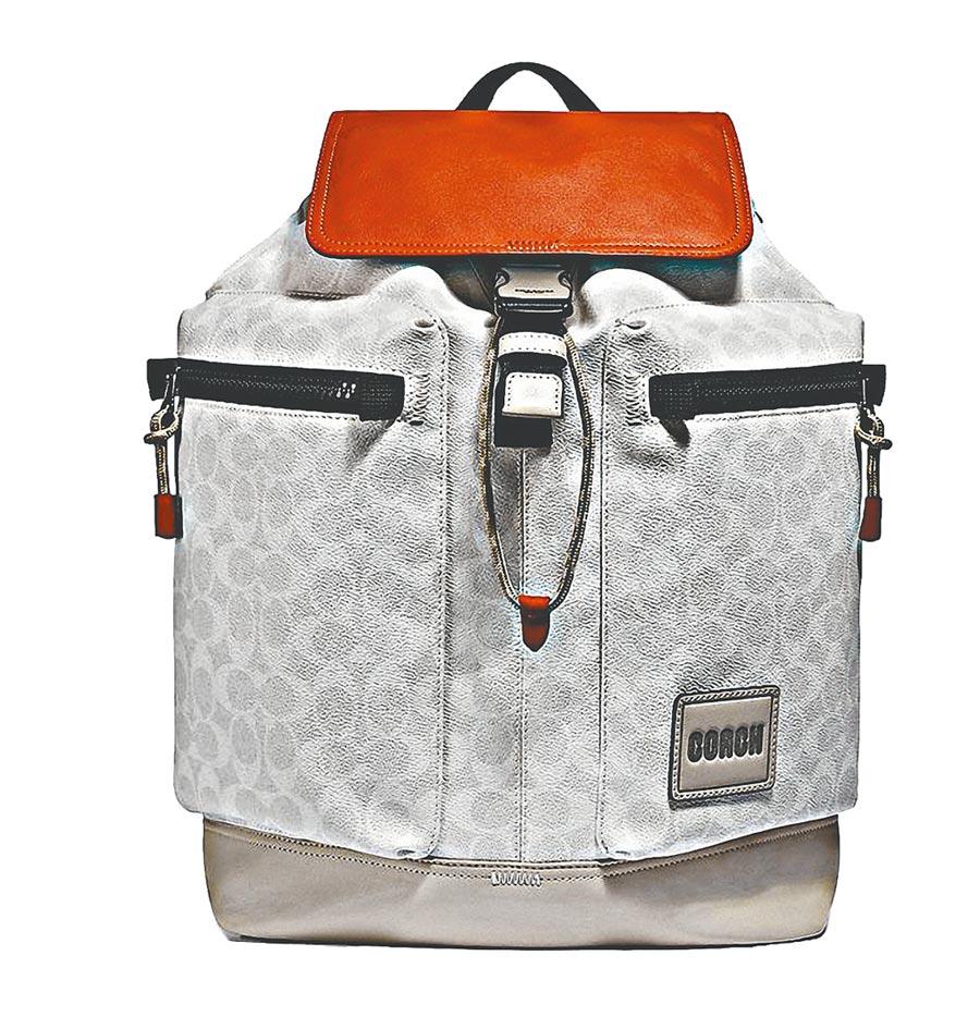 COACH後背包,售價2萬7800元。(COACH提供)