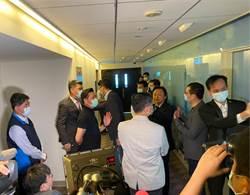 議員視察台北101消防安全 吳俊鴻:盼消防法罰則提高至30萬