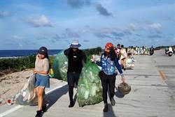 蘭嶼海漂垃圾嚴重 青年行動聯盟自發性淨灘