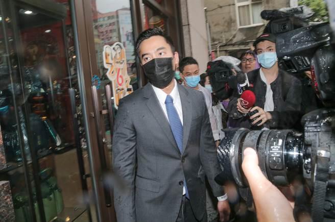 賴弘國昨首度面對媒體,強調不再回應與阿嬌的私事。(圖/本報系資料照片)