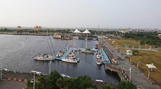 北高雄沿海水域有遊憩及觀光潛力,興達港可望發展遊艇活動。(邱志偉服務處提供/林瑞益高雄傳真)