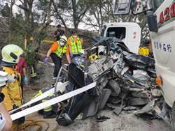 苗140線小客車遭2砂石夾擊 妻死夫重傷