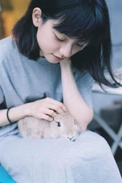 姚愛寗養兔10年 寵物溝通初體驗得到「超傲嬌回應」