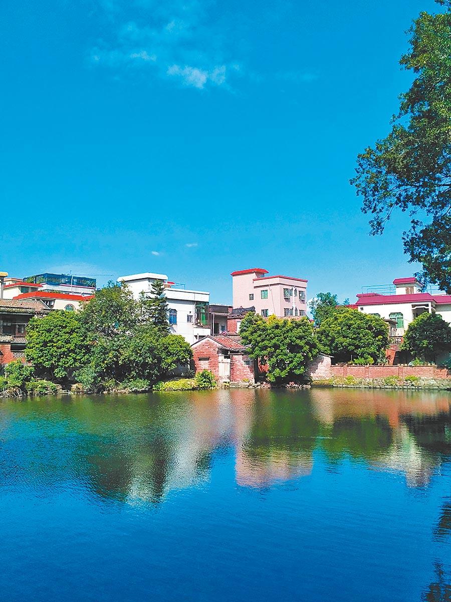 羅亨村生活不方便,但環境還不錯,房租便宜。(作者提供)