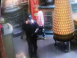 兩毒蟲偷遍寺廟 竊恒安宮神明金牌後被逮