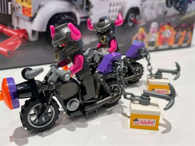 LEGO悟空小俠系列80009裡,牛雜兵搶走了珍貴的食物!(黃慧雯攝)