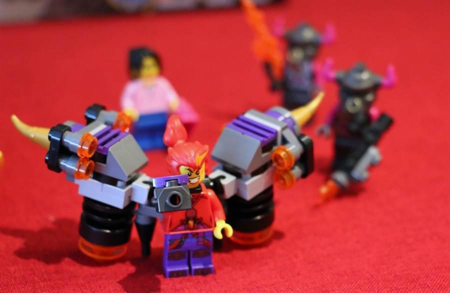 LEGO悟空小俠系列80008悟空小俠雲霄戰機人偶!(黃慧雯攝)