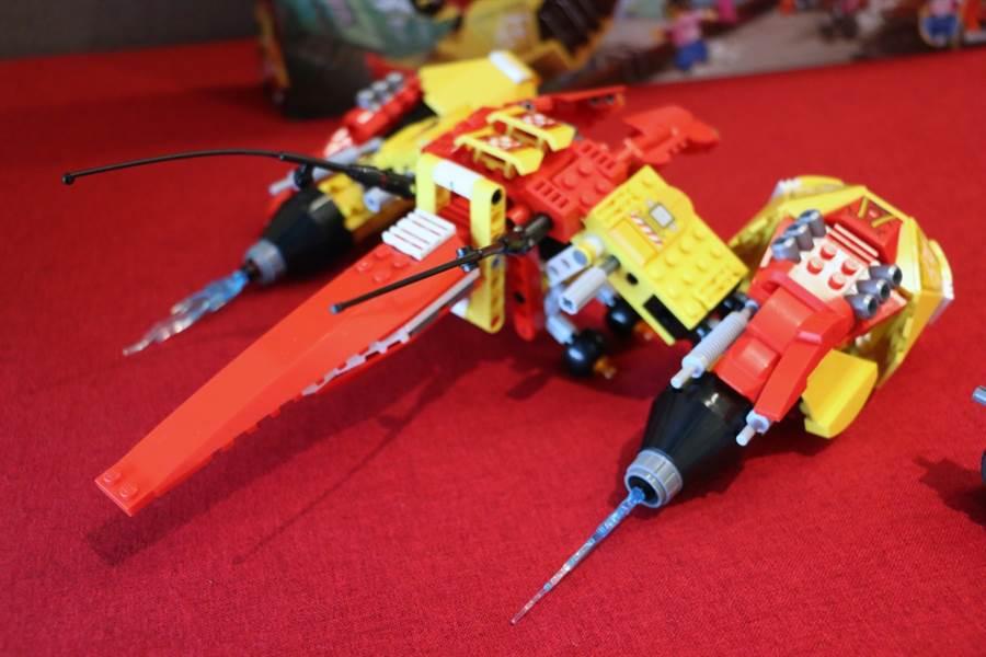 LEGO悟空小俠系列80008悟空小俠雲霄戰機從後面看起來也是超帥氣。(黃慧雯攝)