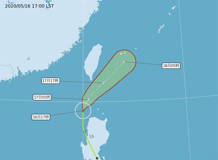 氣象專家吳聖宇指出,目前黃蜂颱風約在呂宋島西北角海面,整體結構已被地形嚴重破壞。(中央氣象局)