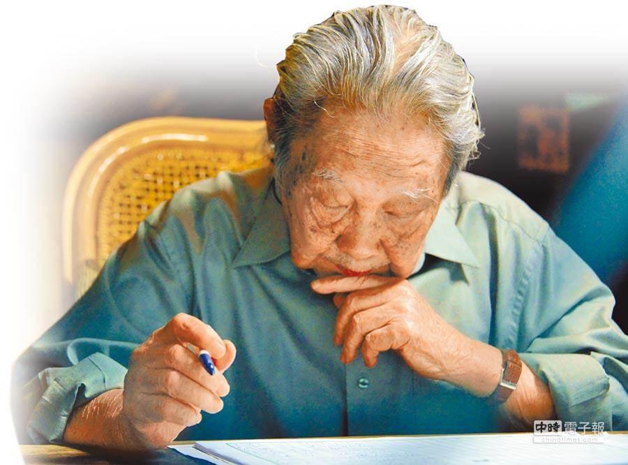 「客家文學之母」鍾肇政今日晚間突傳辭世,享壽96歲。