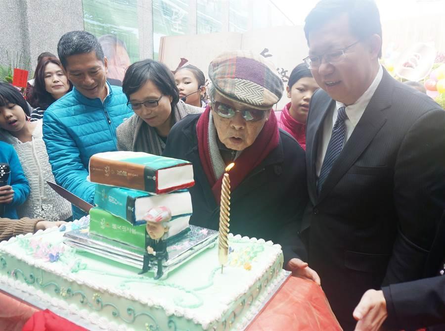 台灣文學之母、客家文壇大老鍾肇政16日晚間辭世,享壽96歲。(資料照:楊宗灝攝)