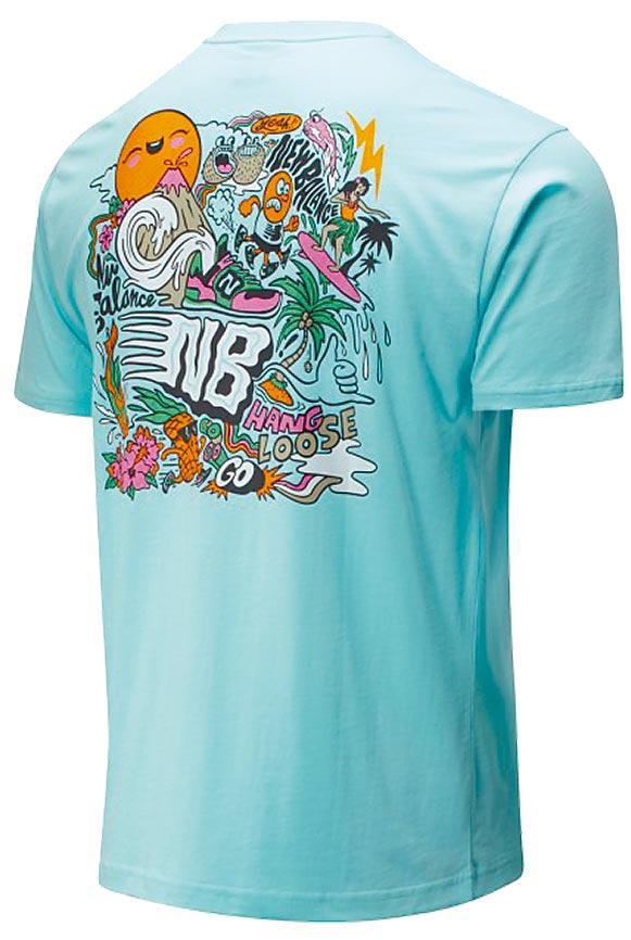 新光三越台北信義新天地New Balance度假風背部插畫短袖上衣,980元。(新光三越提供)