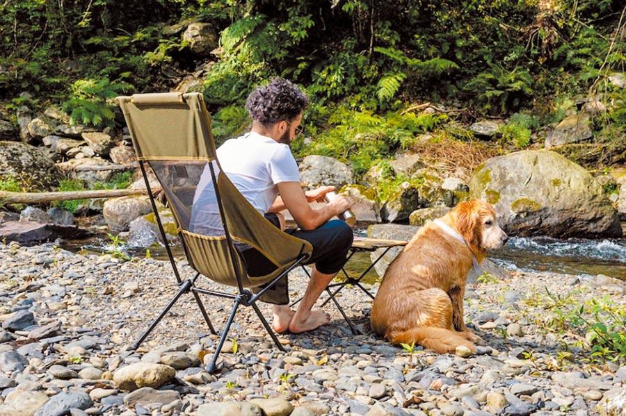 山野生活體驗WonderTrip不限年齡參加之外,毛小孩也能加入活動。(飛達旅遊提供)