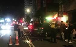 中市凌晨車禍 迴轉車撞直行車波及3機車