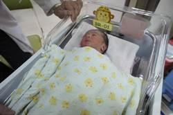 不只產檢 中市高風險婦嬰關懷延伸至產後