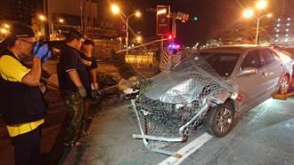 超惡劣 開車撞死人竟落跑 2男1女棄車逃逸遭目擊者錄下過程