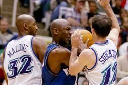 NBA》老爵士的痛 馬龍、羅素拒登《最後一舞》