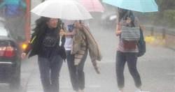 暴雨狂炸!當心這5種「梅雨病」 傷害你身體的4部位