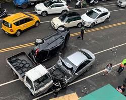 台中市區賓士車酒駕又超速 3連撞5車揪成一團
