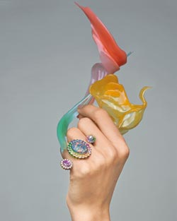 DIOR珠寶混搭趣 異材質 雙主石 前衛又時尚