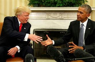 川普翻臉破40年傳統 拒揭歐巴馬像