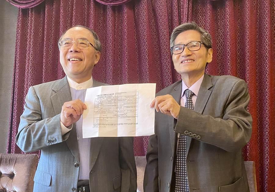 友訊獨立董事鍾祥鳳(圖左)、馮忠鵬(圖右)將於6月1日召集股東臨時會。(圖/記者王逸芯攝)